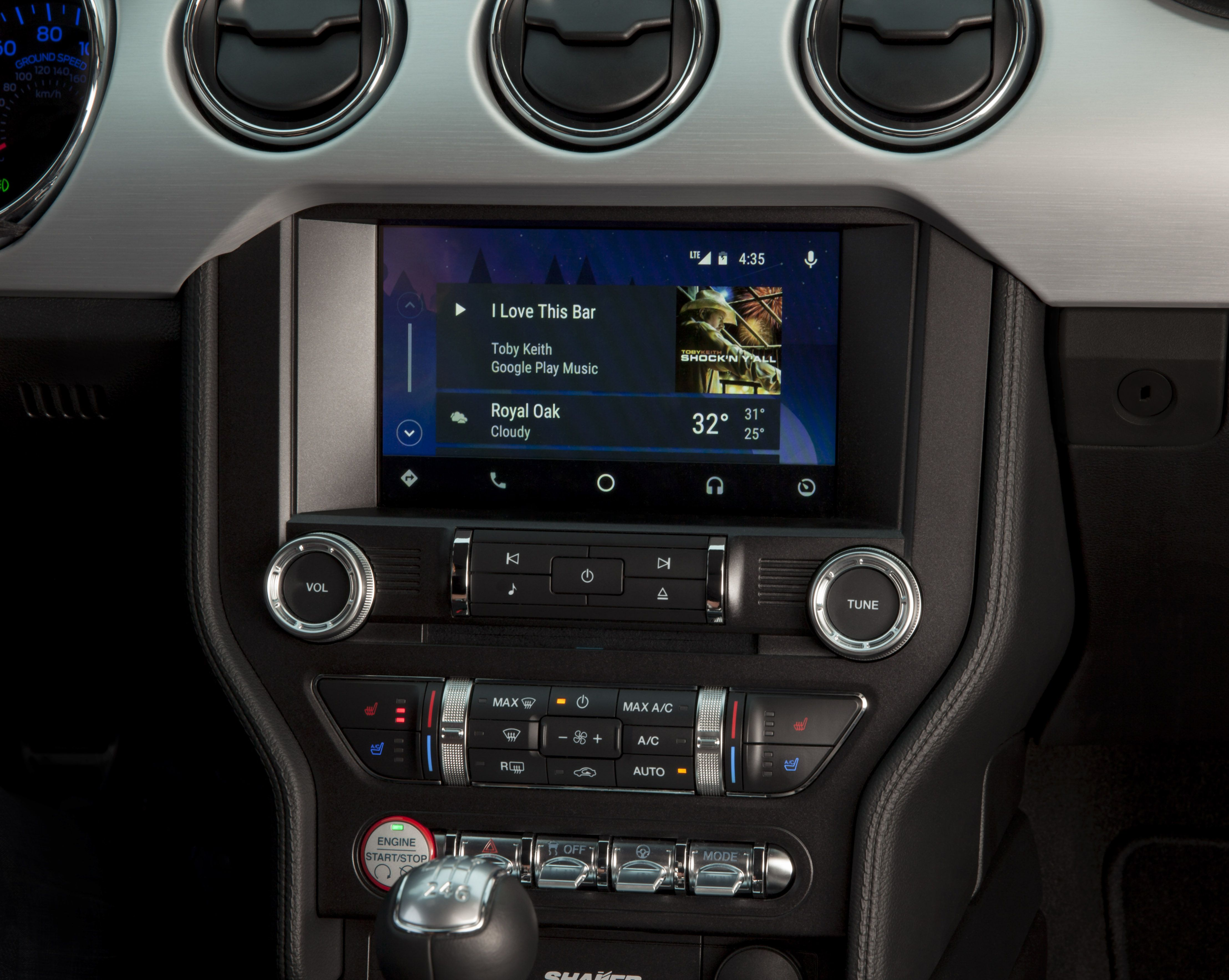 Ford bringing CarPlay to all 2017 models